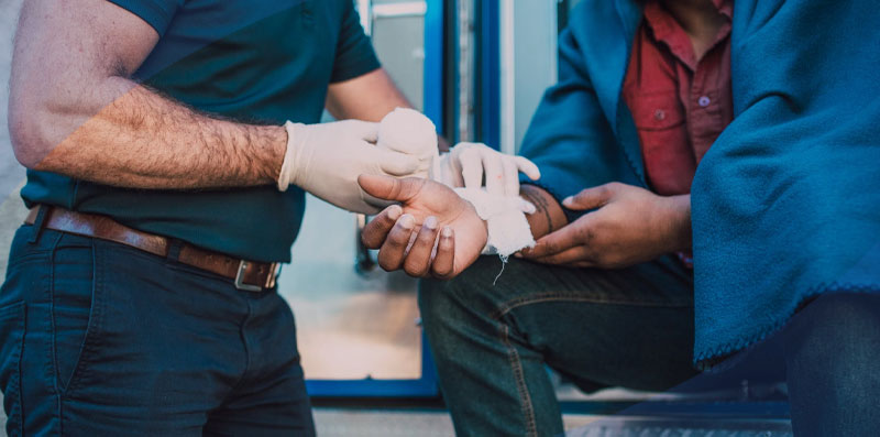 featured Basic First Aid Techniques in Wilderness Medicine - Basic First Aid Techniques in Wilderness Medicine